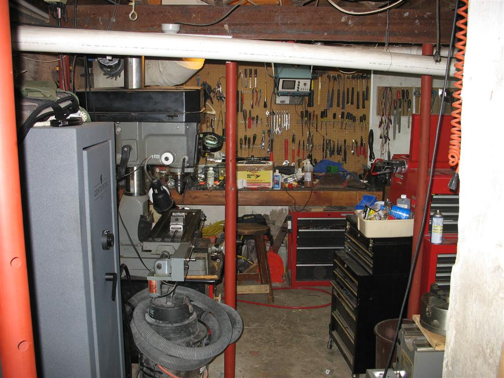 The most cluttered work bench-img_0131-large-.jpg